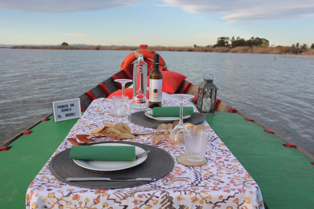 Paseo en barca Albufera más comida en barca