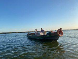 Paseo en barca en la Albufera con paella y comida